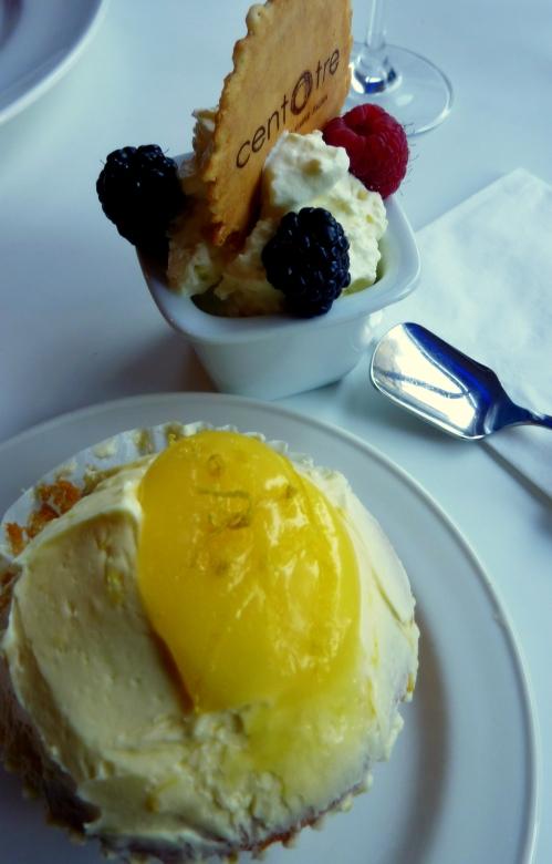 Lemon fairy cake at Zanzero